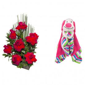 Arranjo de Flores Affetto di fiori vermelho + Soninho Cachorro 37cm