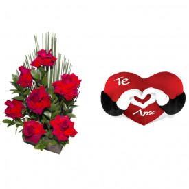 Arranjo de Flores Affetto di fiori vermelho + Coração Te Amo 40cm
