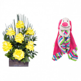 Arranjo de Flores Affetto di fiori amarelo + Soninho Cachorro 37cm
