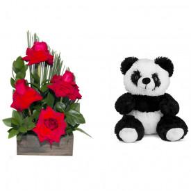 Arranjo de Flores Sabor da paixão + Urso Panda 25cm