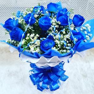 Especial - Arranjo com 12 Rosas Azuis