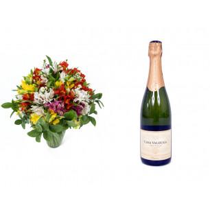 Buquê de Flores Colorido Alegre + Espumante Casa Valduga