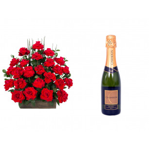 Arranjo de Flores Eu te amo + Espumante ChandonBrut