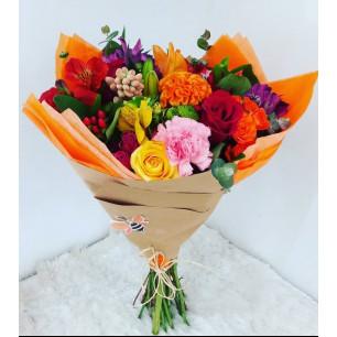 Buquê Mix de Flores Coloridas
